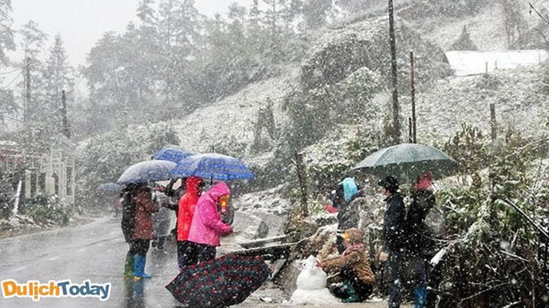 Cổng trời Sapa có mưa tuyết vào những ngày đại hàn lạnh giá