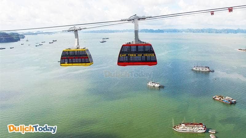 Chiệm ngưỡng toàn cảnh vịnh Hạ Long từ cáp treo Nữ Hoàng cao nhất Thế giới