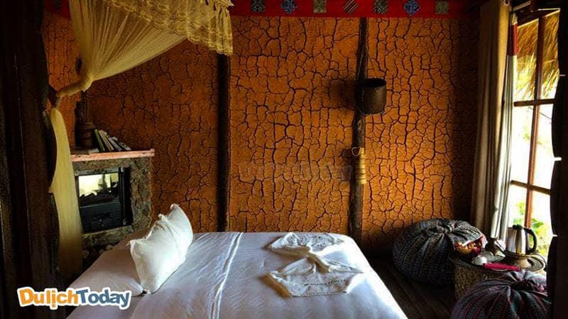Phòng ngủ với thiết kế theo phong cách nhà của người dân tộc Mông