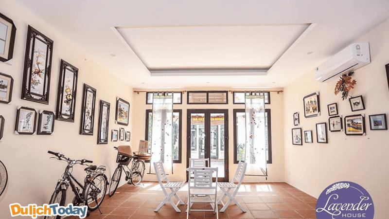 Không gian được thiết kế theo lối kiến trúc riêng mang nét Hội An tại Lavender homestay
