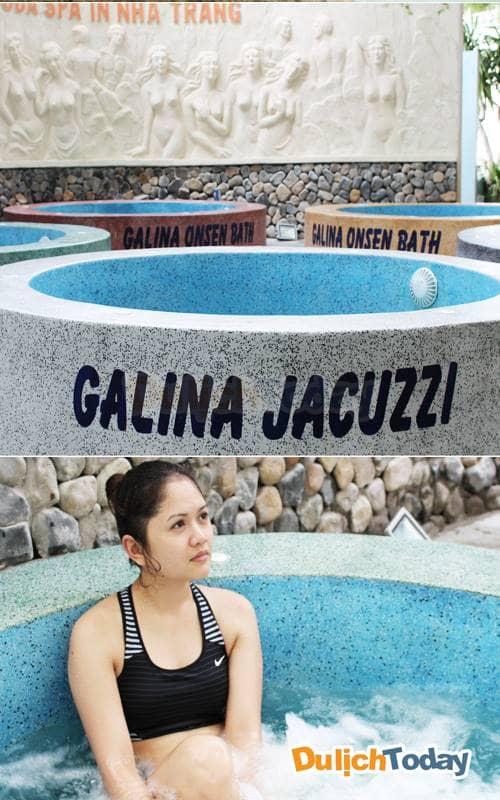 Thư giãn tại bể tắm Jacuzzi tại Galina