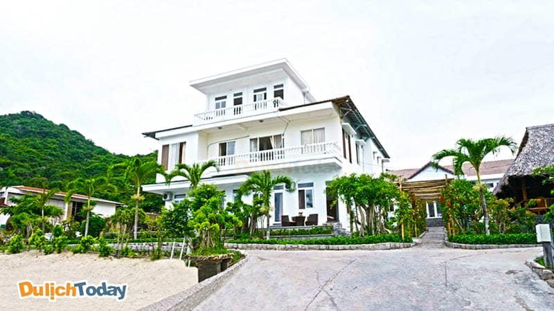 The Light Coral Isalnd Resort theo phong cách hiện đại Á Đông