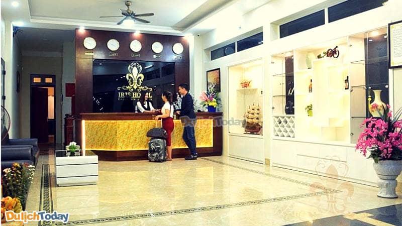 Iris Hotel - khách sạn giá rẻ ở bãi Cháy