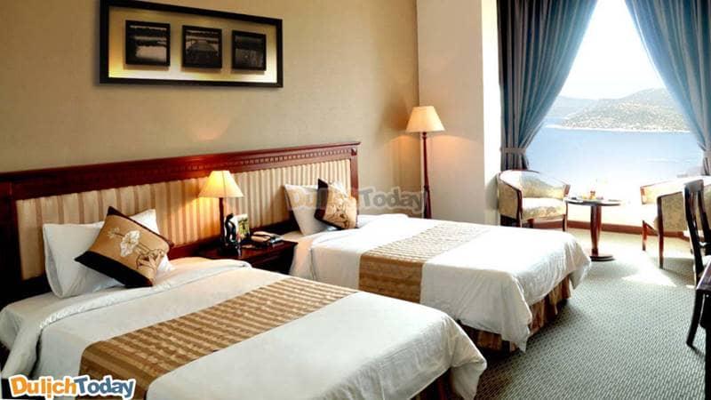 Phong cách bài trí trong mỗi phòng của khách sạn rất trang nhã, đẹp mắt