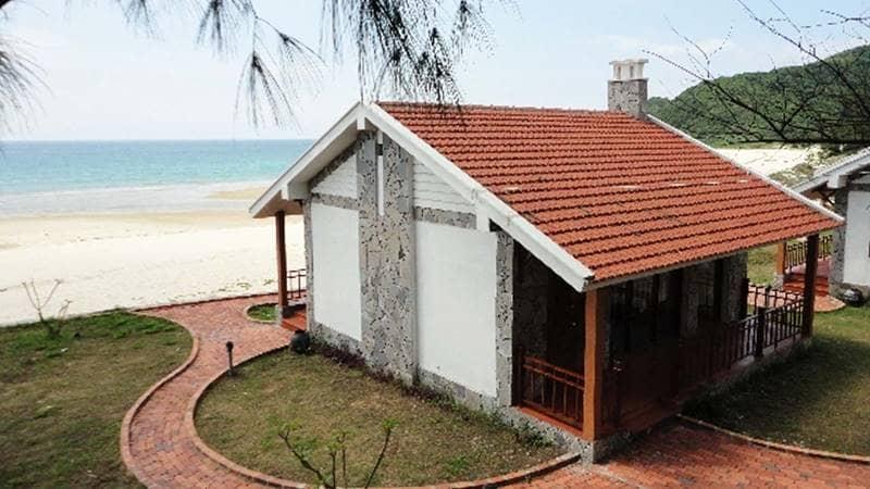 Căn biệt thự ven biển tại resort. Nguồn: Dulichvanhai.vn