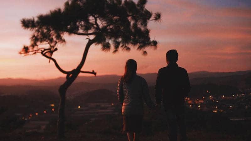 Ngắm cảnh hoàng hôn ở đồi thiên Phúc Đức