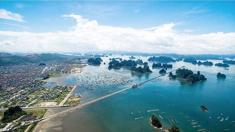 Du lịch Quảng Ninh khám phá Cẩm Phả - thành phố giáp biển đẹp không kém Hạ Long hay Vân Đồn. Nguồn: Báo Quảng Ninh