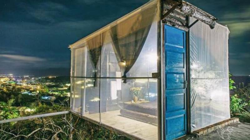 Phòng ngủ với view nhìn 270 độ của Home of Dreamers