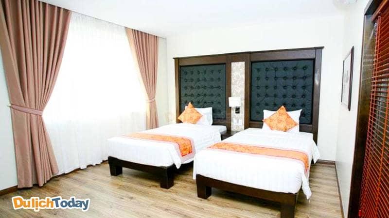 Phòng nghỉ tại khách sạn 2 sao Hạ Long Park được bày trí lịch sự, hài hòa, sàn được lát gỗ