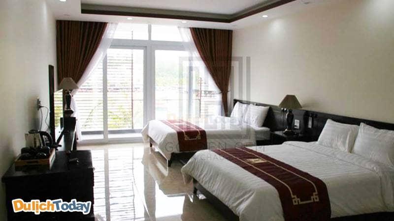 Phòng nghỉ khang trang tại khách sạn 2 sao Hạ Long Golden Gem Tuần Châu