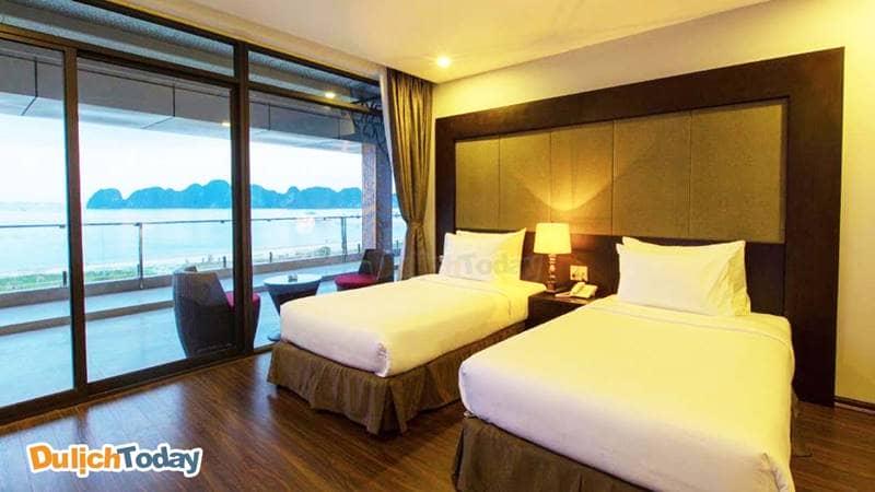Phòng Panorama với ban công rộng cho tầm nhìn toàn cảnh ra biển