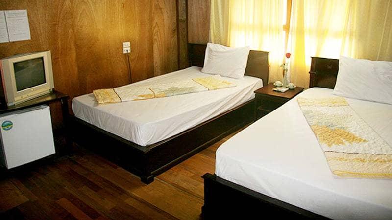 Phòng 2 giường đơn tại resort. Nguồn: Biendaovandon