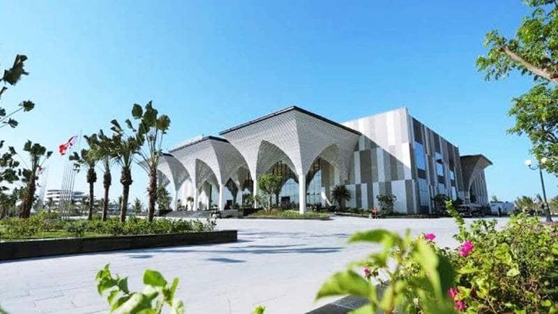 Trung tâm hội nghị Quốc tế tại FLC Hạ Long. Nguồn: flchalong