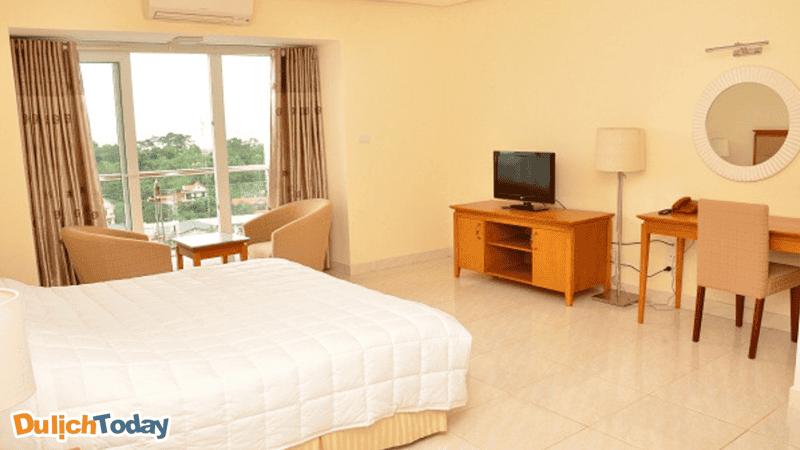 Mỗi phòng tại nhà nghỉ Tuần Châu có thiết kế trang nhã, nhẹ nhàng