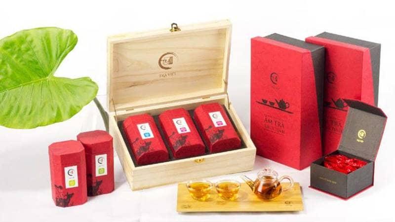 Bộ quà tết ấn tượng từ Trà Việt