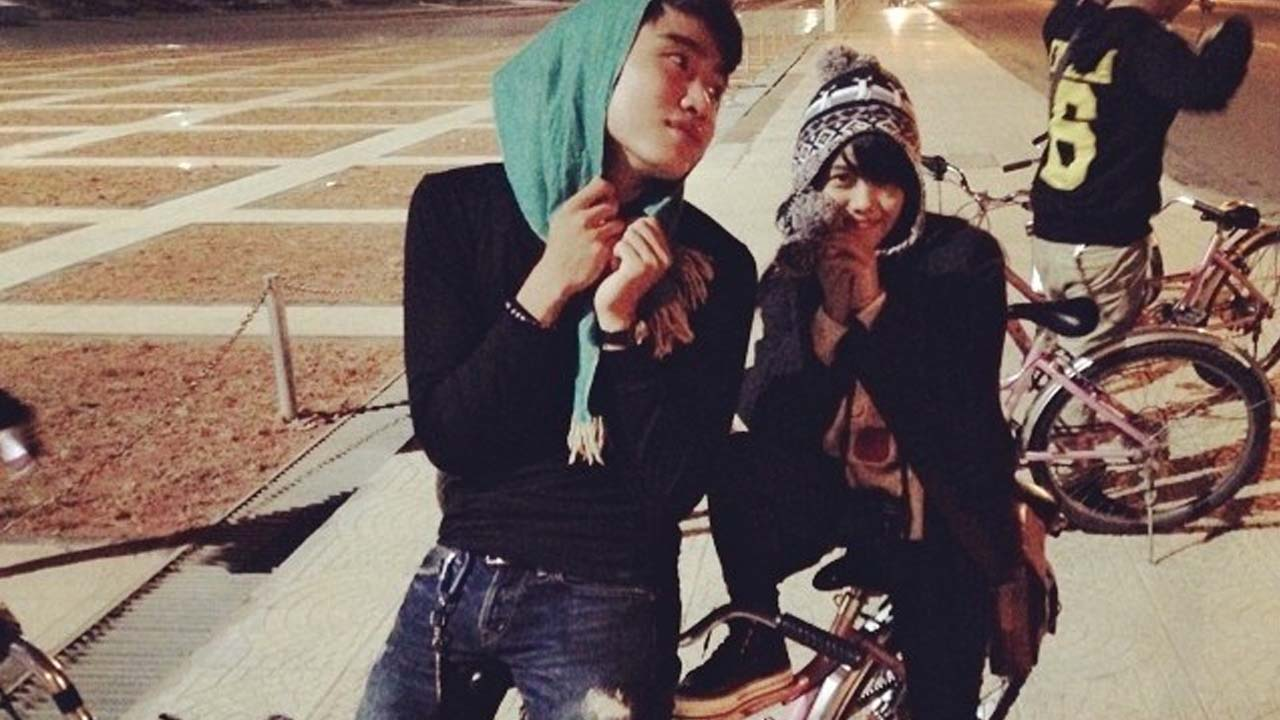 Cùng người yêu đi chơi đêm ở Đà Lạt lãng mạn trên chiếc xe đạp đôi. Nguồn: Internet