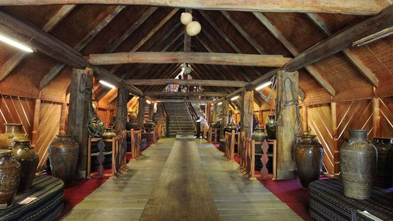 Bảo tàng Chóe bên trong trong khu du lịch đồi Mộng Mơ. Nguồn: Internet