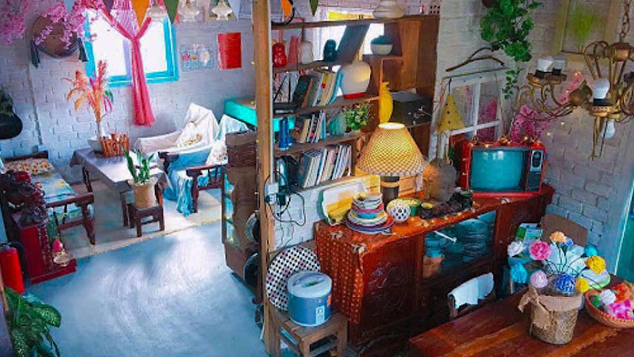 Phòng khách rực rỡ sắc màu
