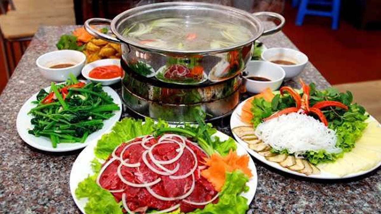 Lẩu bò Hạnh được đánh giá cao và là quán lẩu bò ngon ở Đà Lạt.
