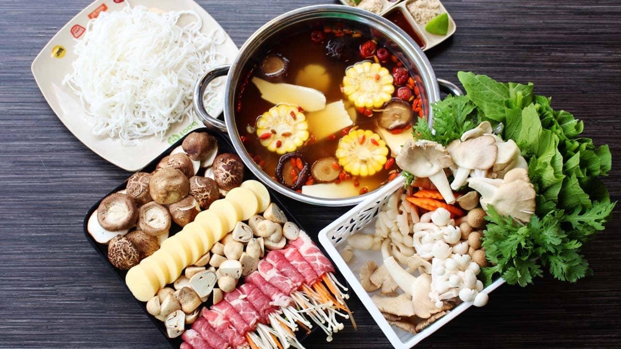 Quán lẩu bò Thanh Tâm chuyên phục vụ món lẩu bò, bò nướng và hấp.