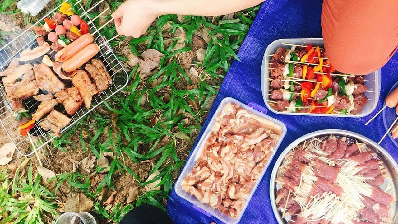 Tổ chức chuyến picnic trong ngày tại thác Pongour cùng bạn bè. Nguồn: Internet