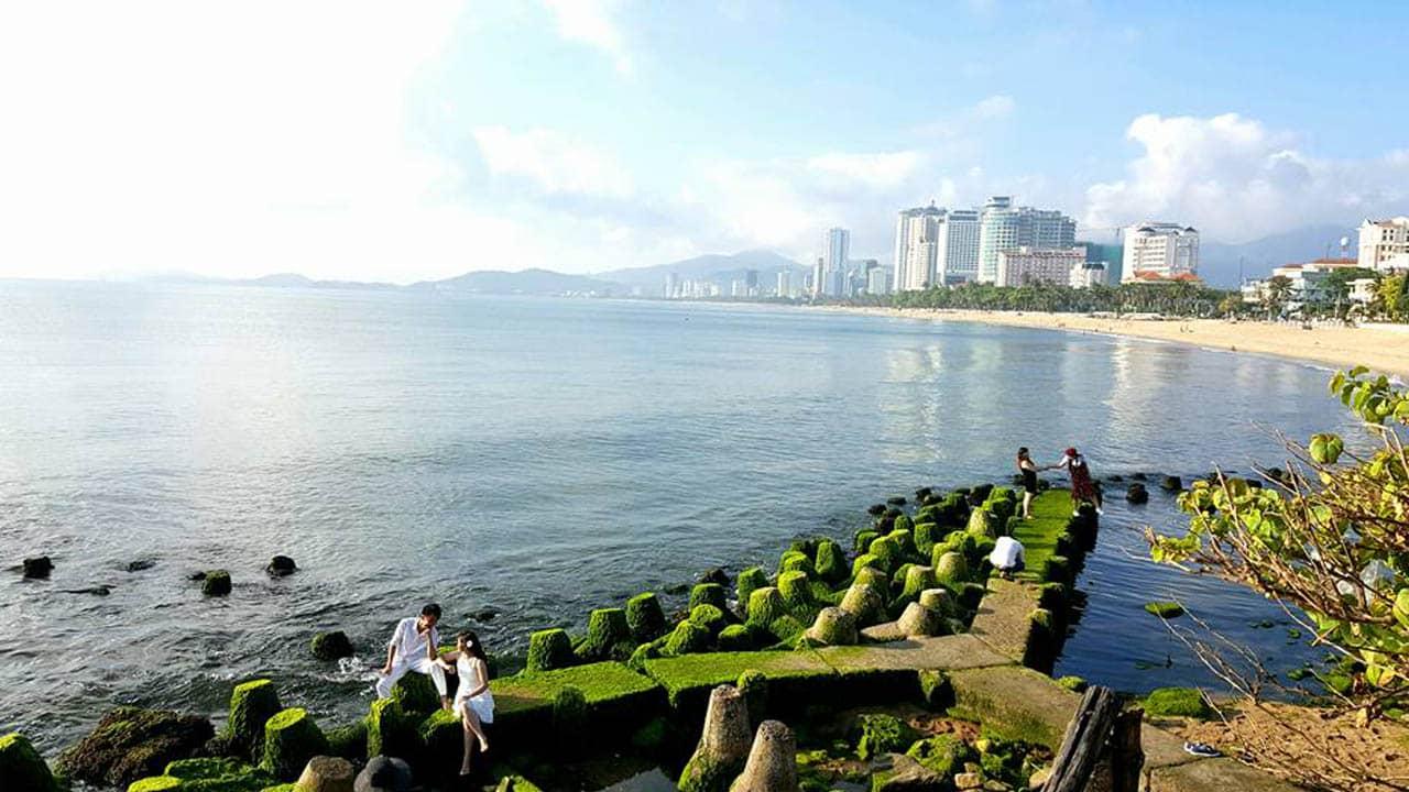Bãi rêu xanh ở Nha Trang