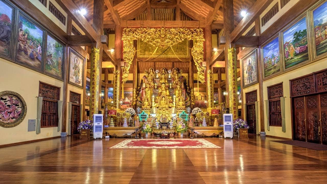 Chính điện chùa Ba Vàng lớn nhất Đông Dương. Nguồn: Internet