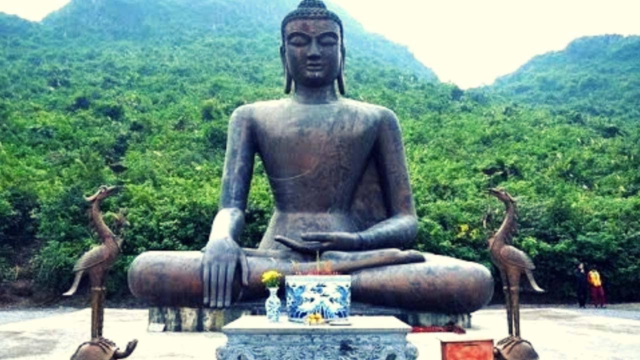 Pho tượng Phật bằng đồng lớn nhất Đông Nam Á tại chùa Tam Chúc