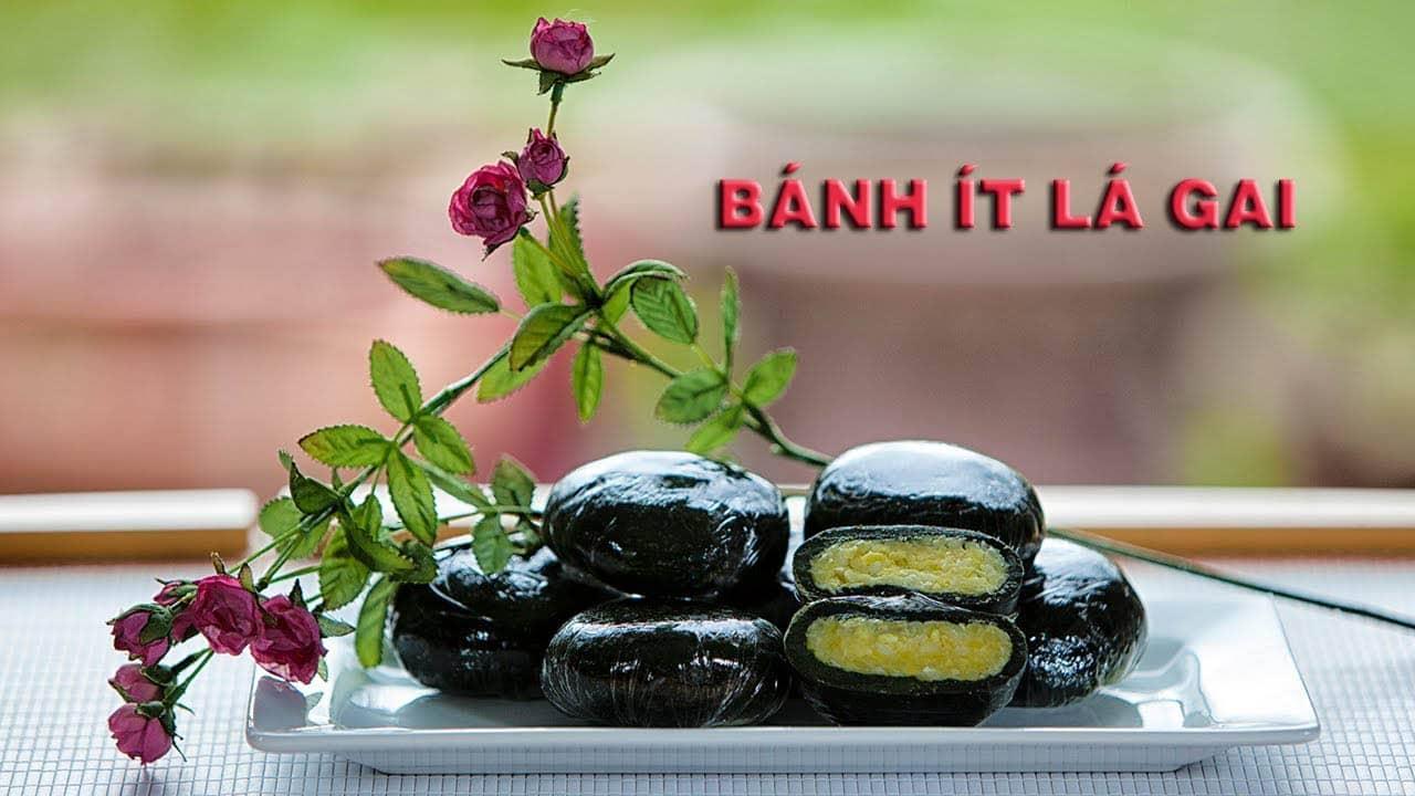 Đặc sản Quy Nhơn- Bánh ít lá gai là món ngon trứ danh được người địa phương giới thiệu phải mua làm quà.
