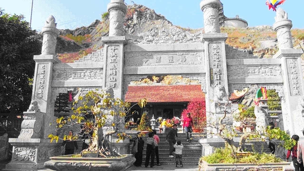 Đền thờ vua Lê Đại Hành tại khu di tích Bạch Đằng Giang. Nguồn: Internet