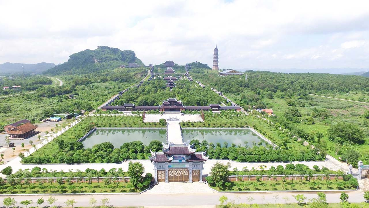 Ghé thăm chùa Bái Đính ở Ninh Bình, ngôi chùa có quy mô lớn nhất Việt Nam. Nguồn: Internet
