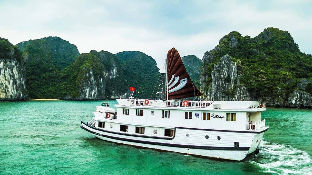Du thuyền Bhaya Premium là sự lựa chọn cho những du khách thích không gian ít người. Nguồn: Internet