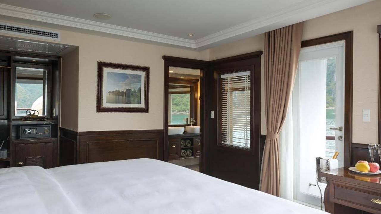 du-thuyen-paradise-elegance-suite