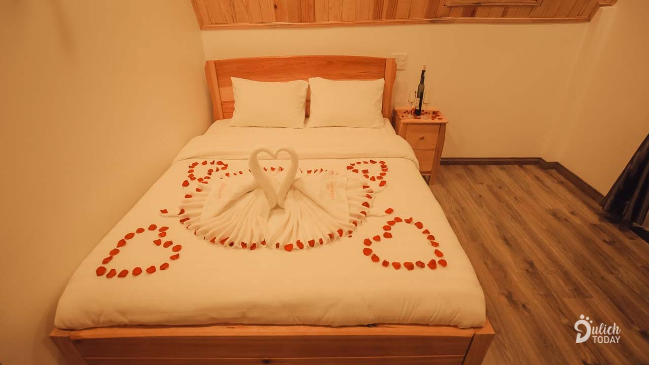 Phòng nghỉ tại homestay Lâm Phượng Các