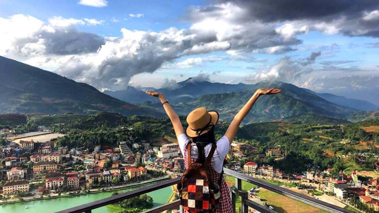Tại khách sạn Phương Nam bạn có thể ngắm trọn thị trấn Sapa xinh đẹp