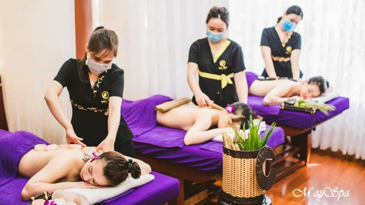 Các liệu pháp Massage đang được cung cấp tại Mây Spa luôn được thực hiện tỉ mỉ kỹ càng