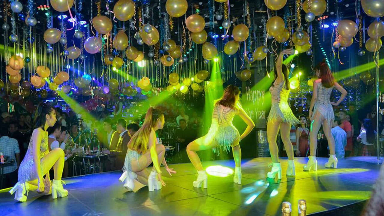 Thưởng thức những vụ điệu nhảy sexy dance của dàn vũ công Havana