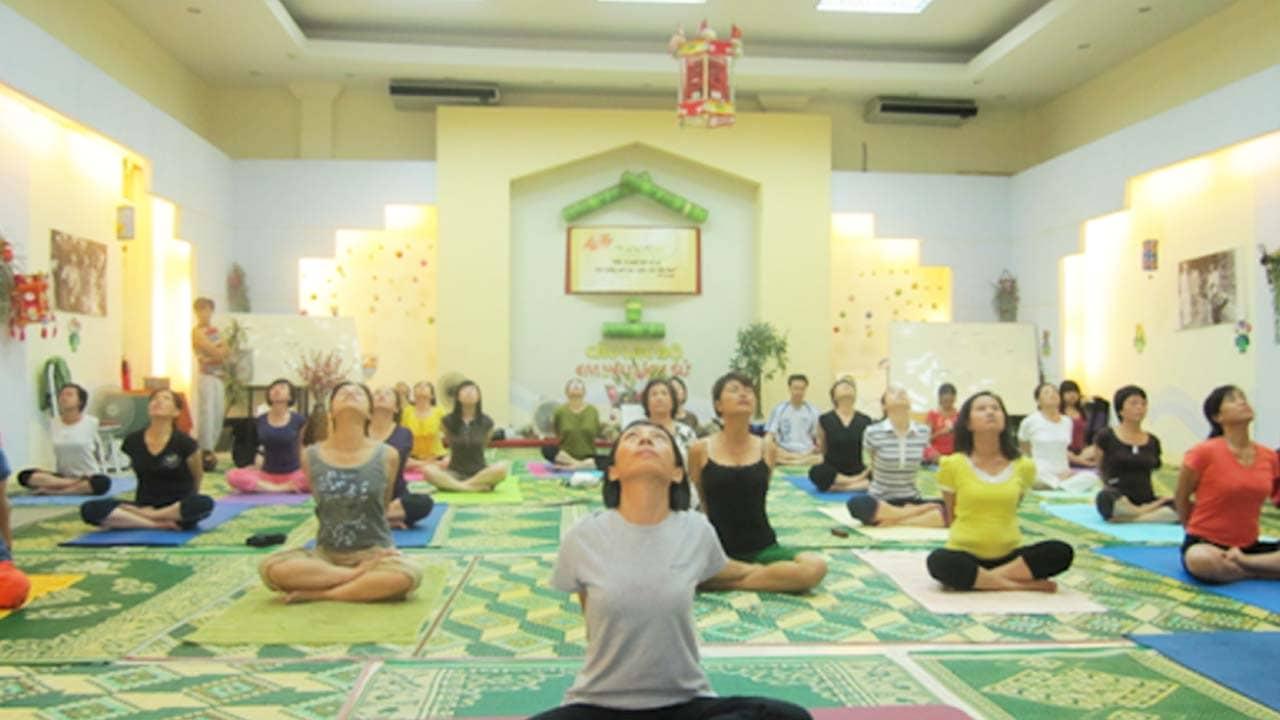 Giảng viên Tuyết tại Unesco Yoga có kinh nghiệm 25 năm. Nguồn: Internet