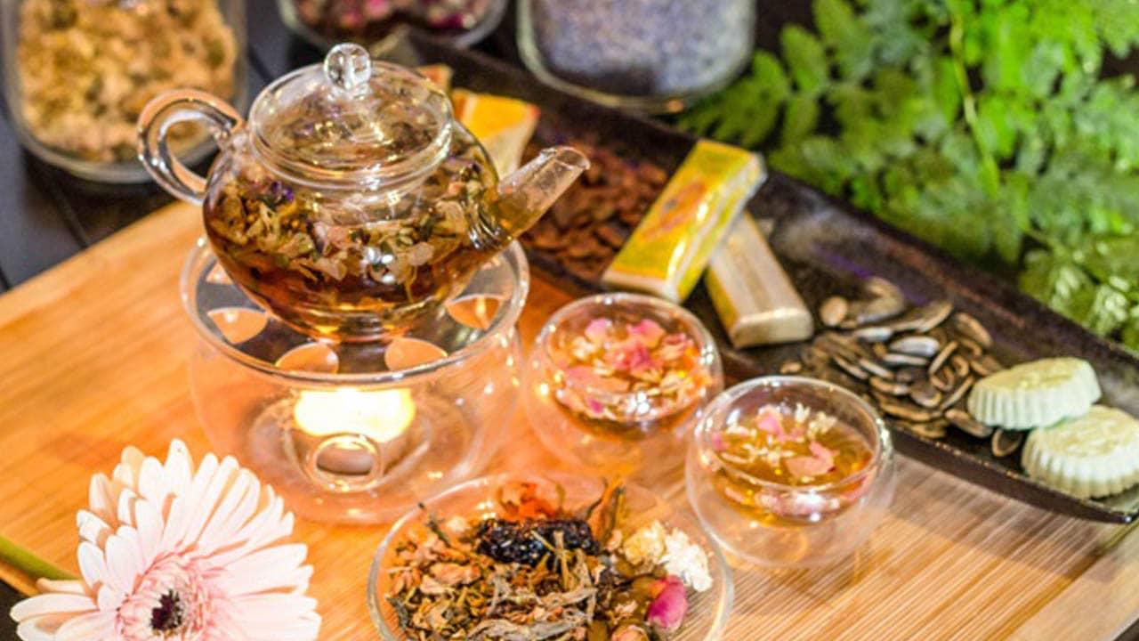 Xưa kia, trà cung đình Huế là để dành cho vua chúa thưởng trà thư giãn và tiếp đãi quần thần.