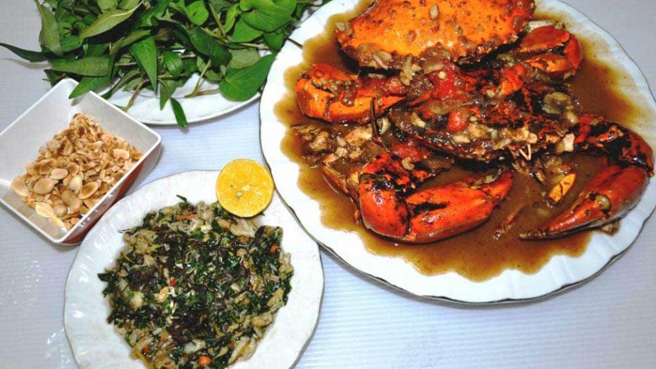 Tiết canh cua Phú Quốc có vị lạ khác hẳn với tất cả các loại tiết canh thông thường khác, ahalong.com