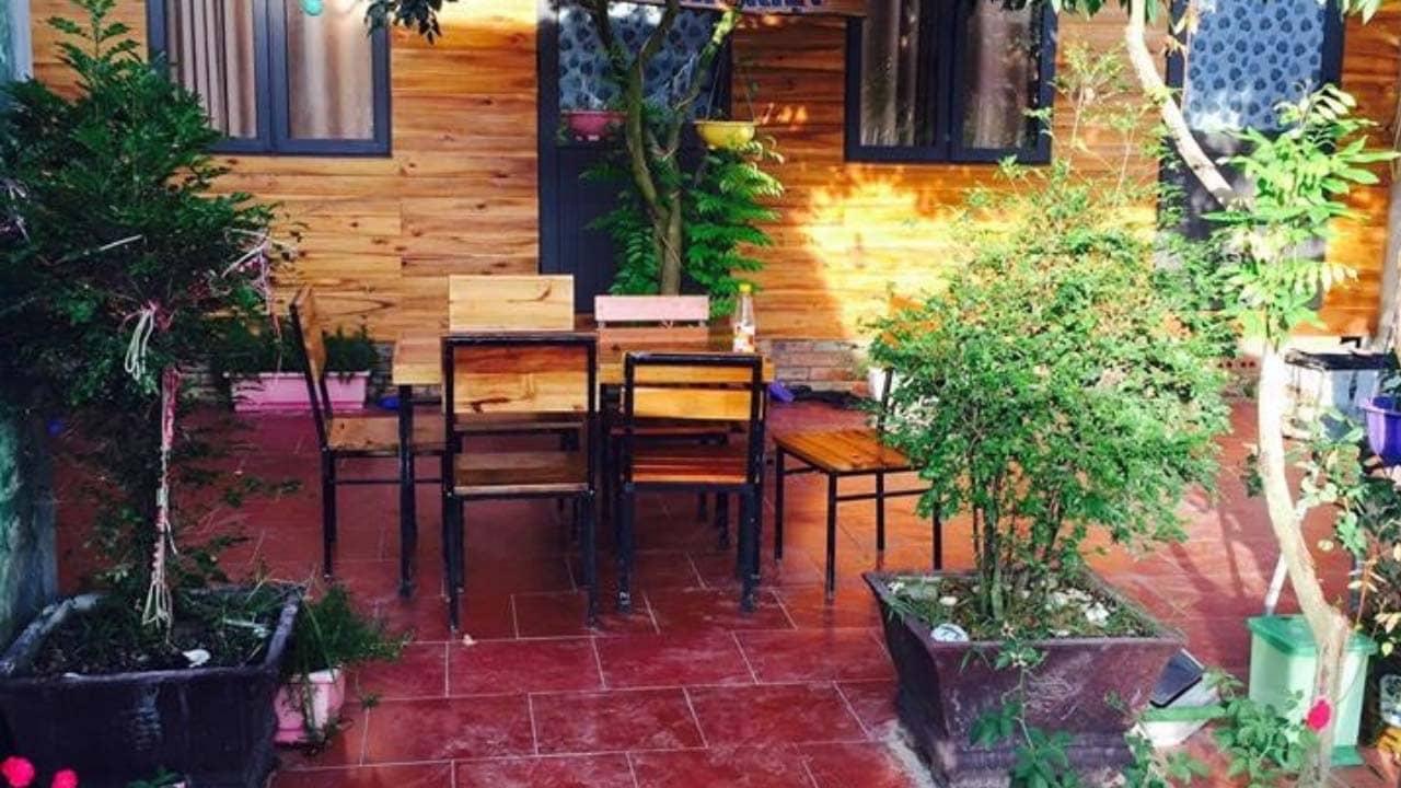 Khu vườn nhỏ dành cho du khách tại homestay Cô Tô Anh Kiệt. Nguồn: Internet