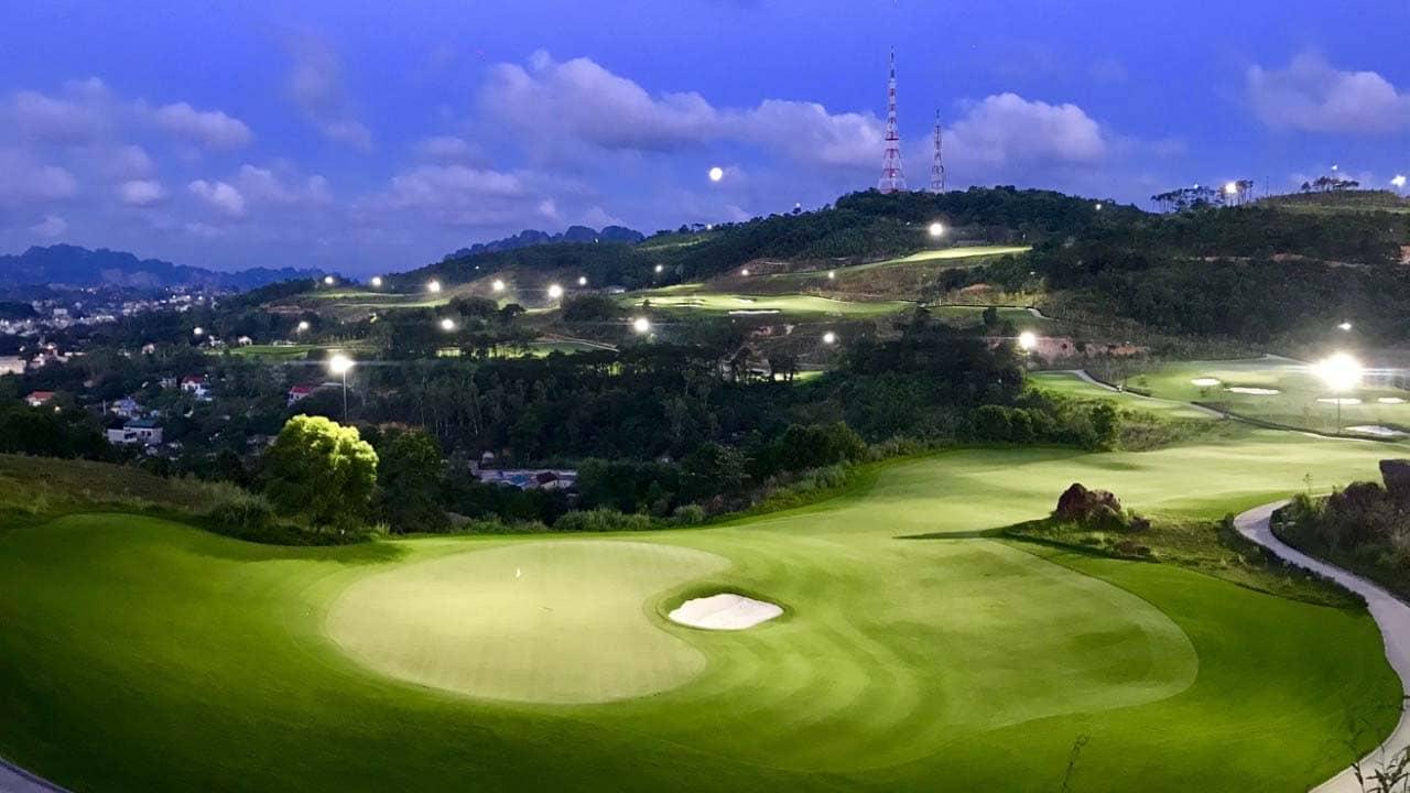 Sân Golf FLC Quảng Ninh về đêm. Nguồn: Internet