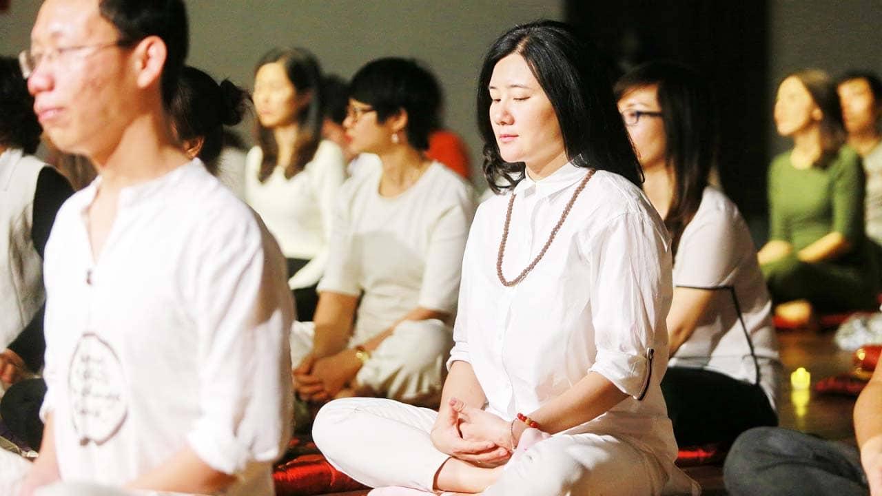 Lớp học thiền cho doanh nhân tại yoga Trái Tim Vàng rất có uy tín. Nguồn: Internet