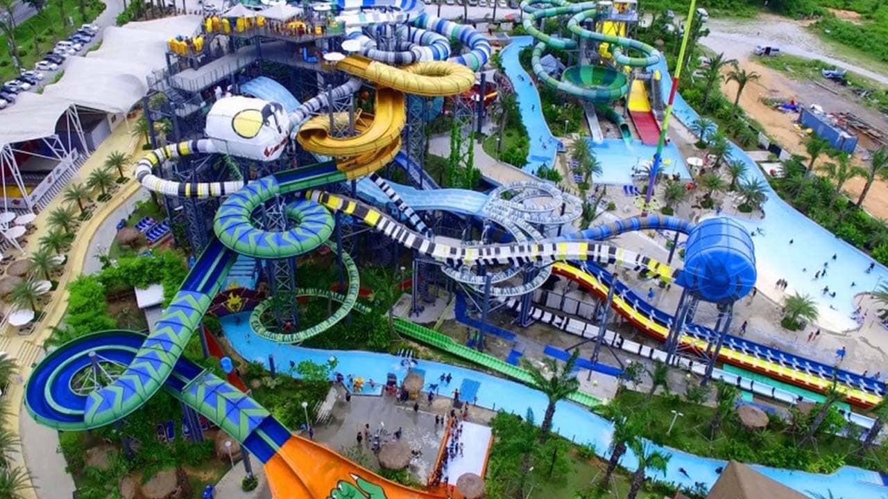 Công viên nước Hồ Tây với nhiều hoạt động vui chơi giải trí hấp dẫn