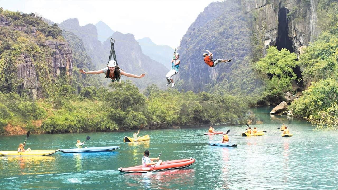 Tham gia nhiều trò chơi hấp dẫn mới ở Quảng Bình được khai trương trong dịp lễ hội