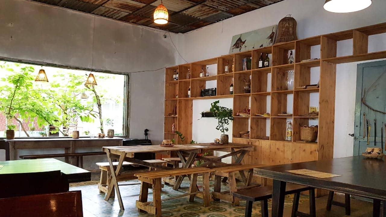 Trốn Cafe có không gian rộng rãi, yên tĩnh vào ban ngày