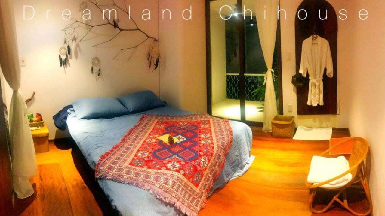 Phòng nghỉ trang trí độc đáo tại Dreamland Chihouse homestay Hải Phòng