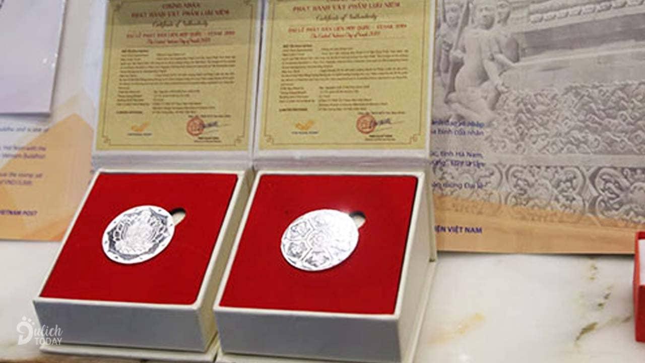 Đồng xu bạc chào mừng Đại lễ Phật đản Vesak 2019