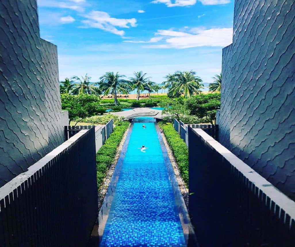 Điểm đặc biệt là sở hữu bể bơi dài nhất Đông Nam Á
