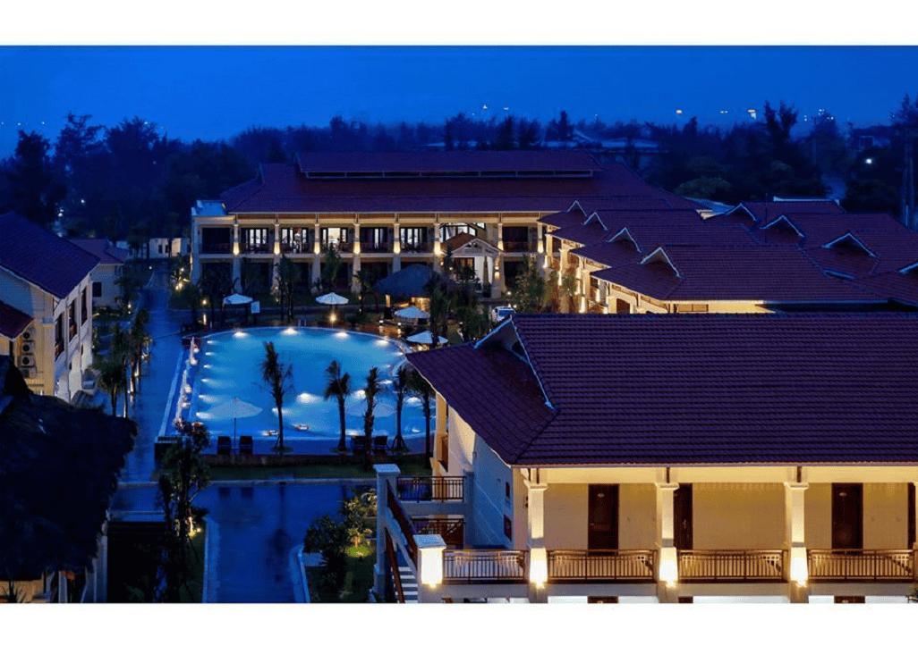 View khách sạn về đêm